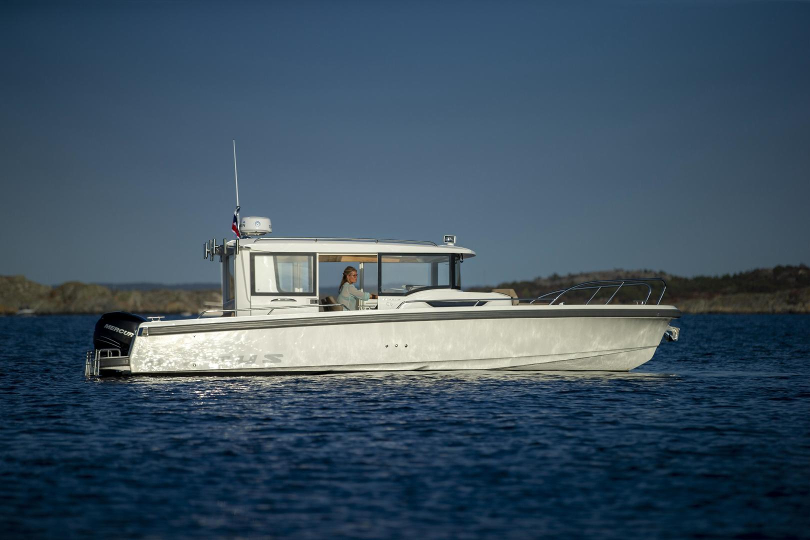 Picture Of: 30' Nimbus C9 2020 Yacht For Sale | 1 of 13