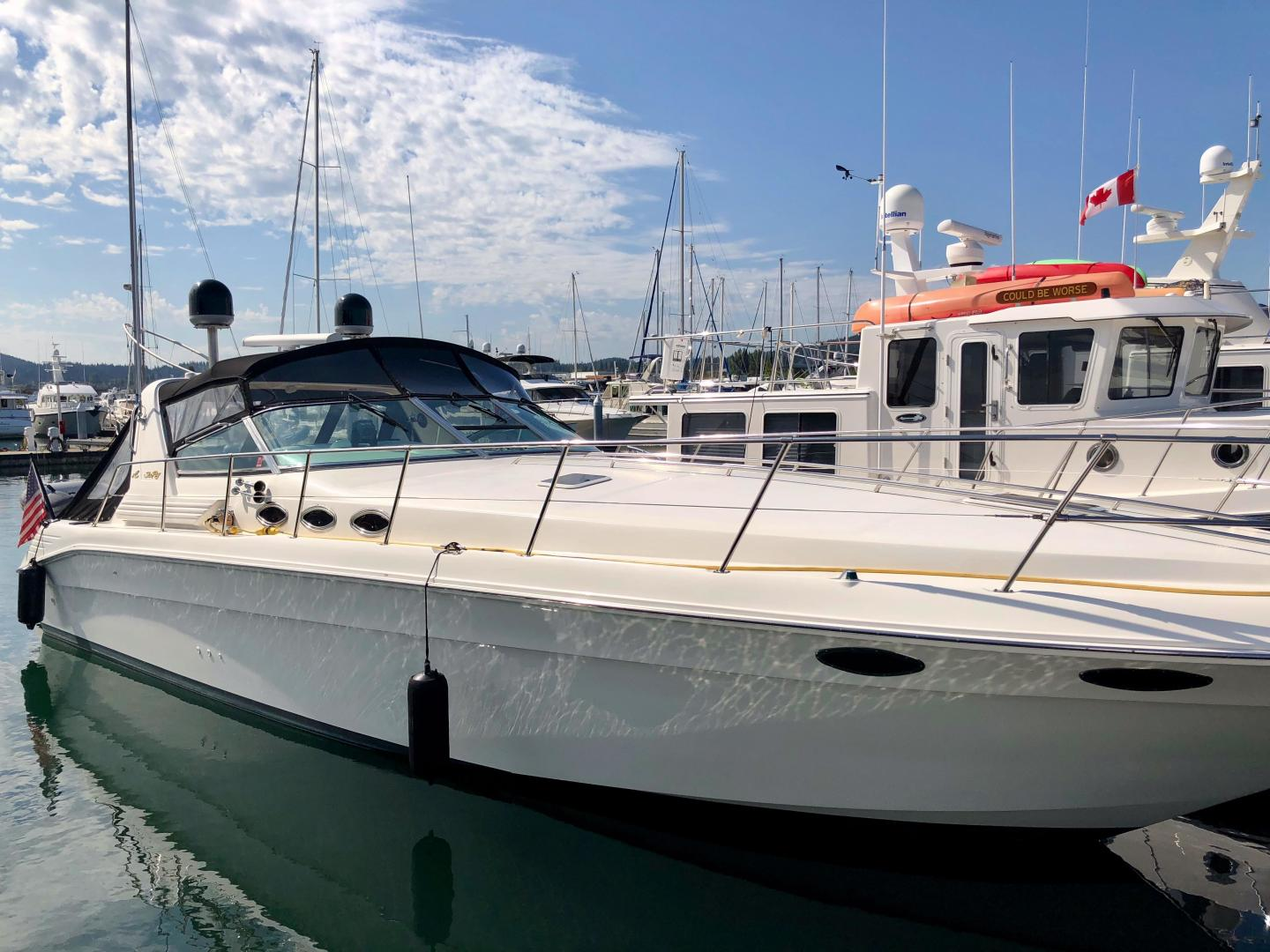 Picture Of: 40' Sea Ray 400 Express Cruiser 1998 Yacht For Sale | 1 of 28
