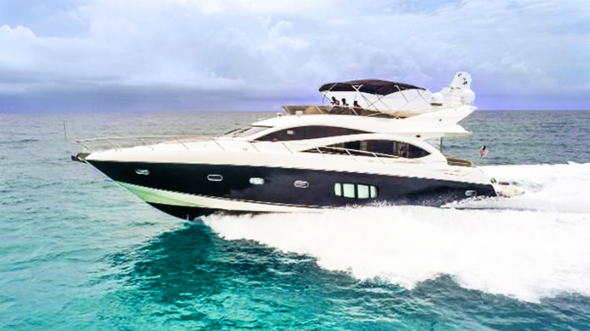 Picture Of: 73' Sunseeker Manhattan 2009 Yacht For Sale | 2 of 50