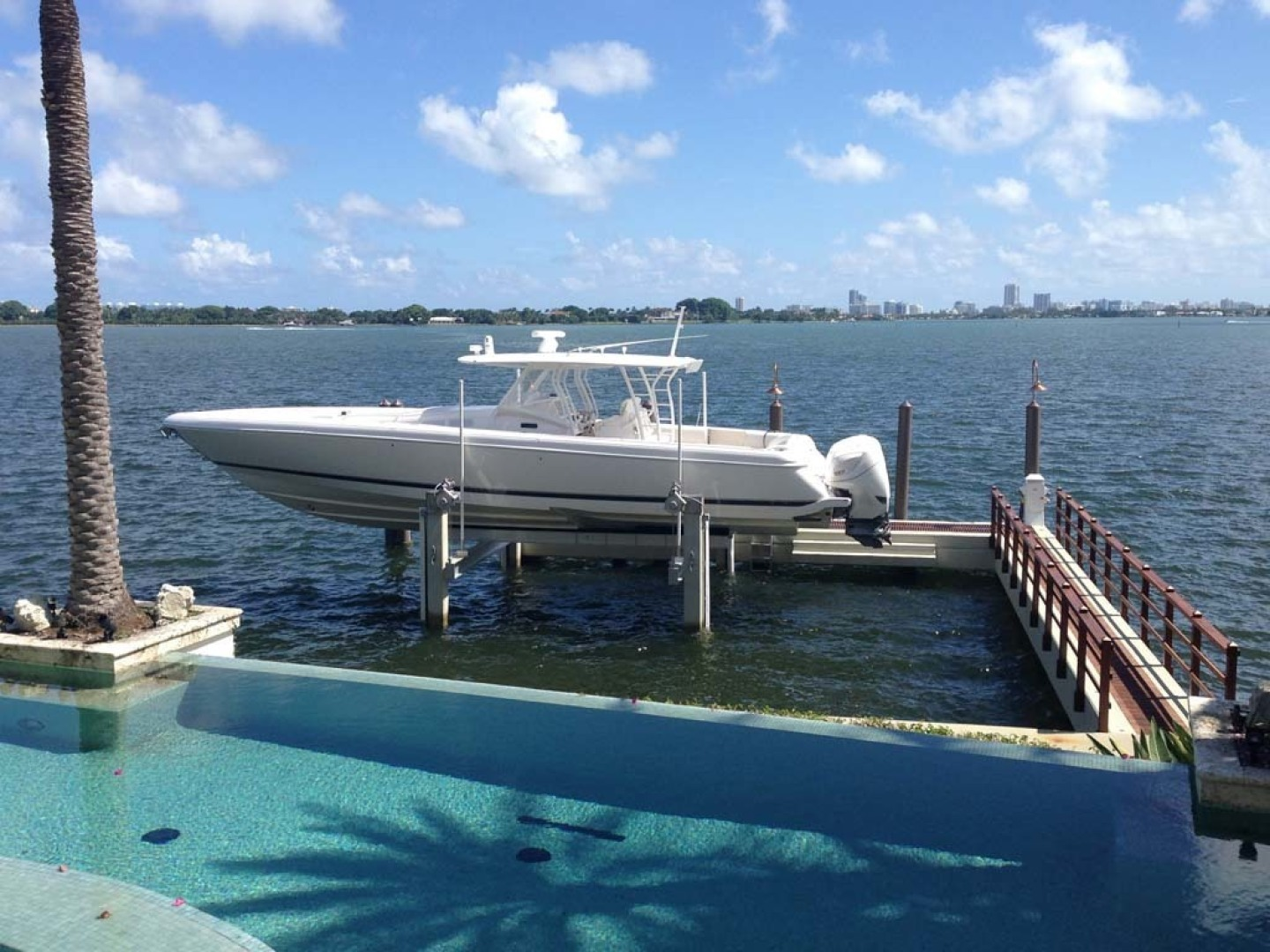 Picture Of: 47' Intrepid 475 Panacea 2015 Yacht For Sale | 2 of 18