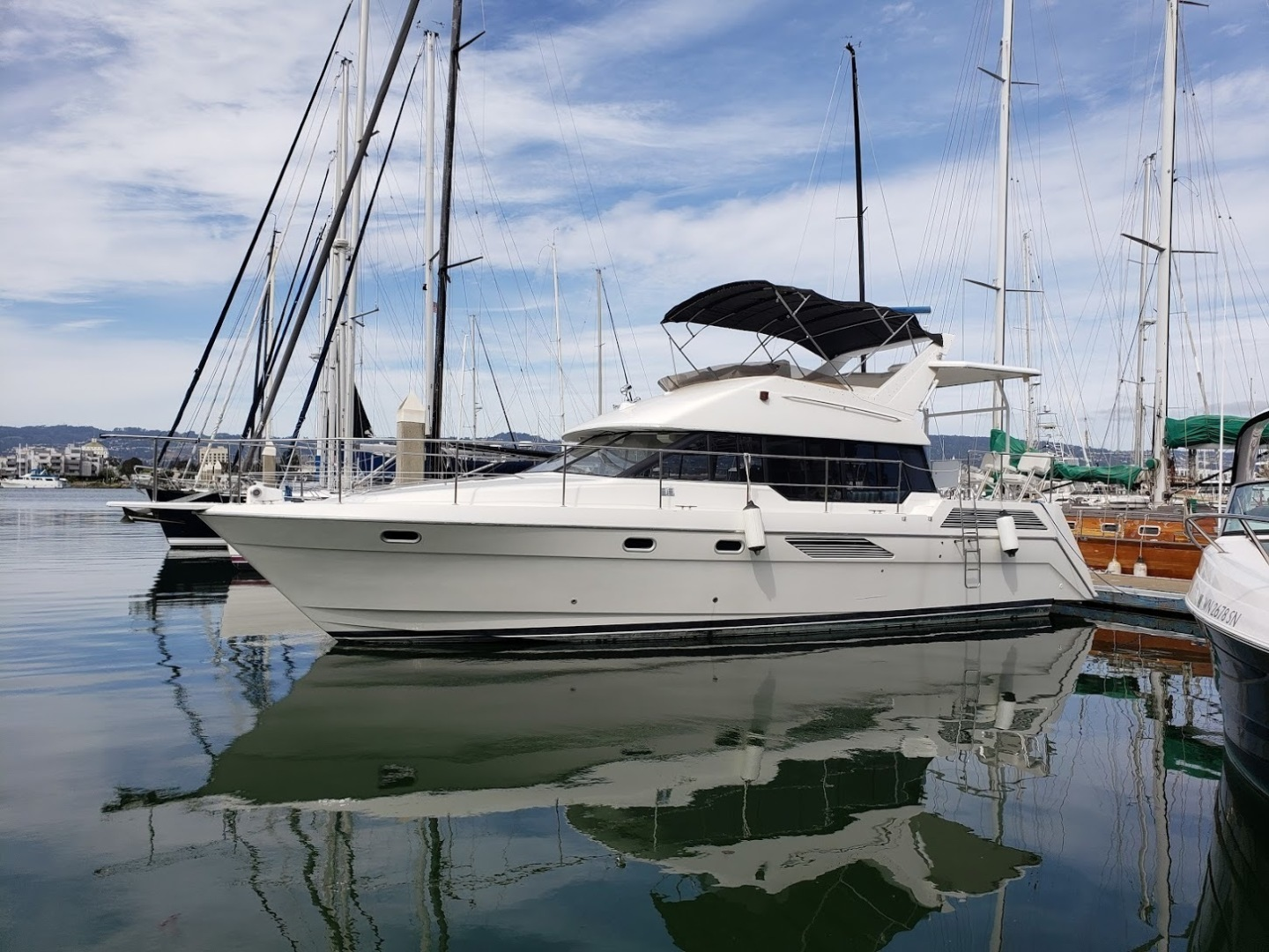 Picture Of: 47' Bayliner 4387 Motor Yacht 1991 Yacht For Sale | 2 of 6