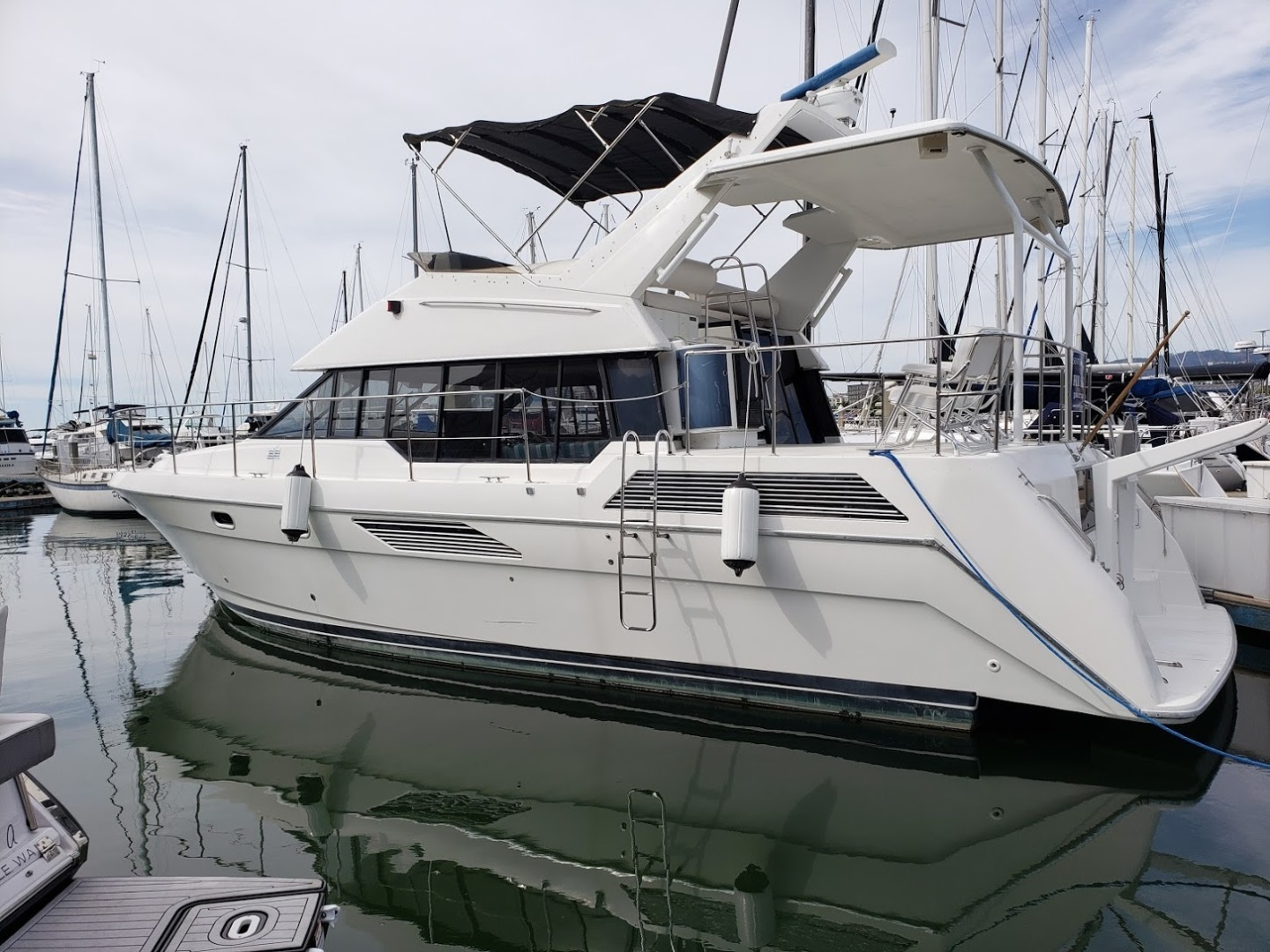 Picture Of: 47' Bayliner 4387 Motor Yacht 1991 Yacht For Sale | 1 of 6