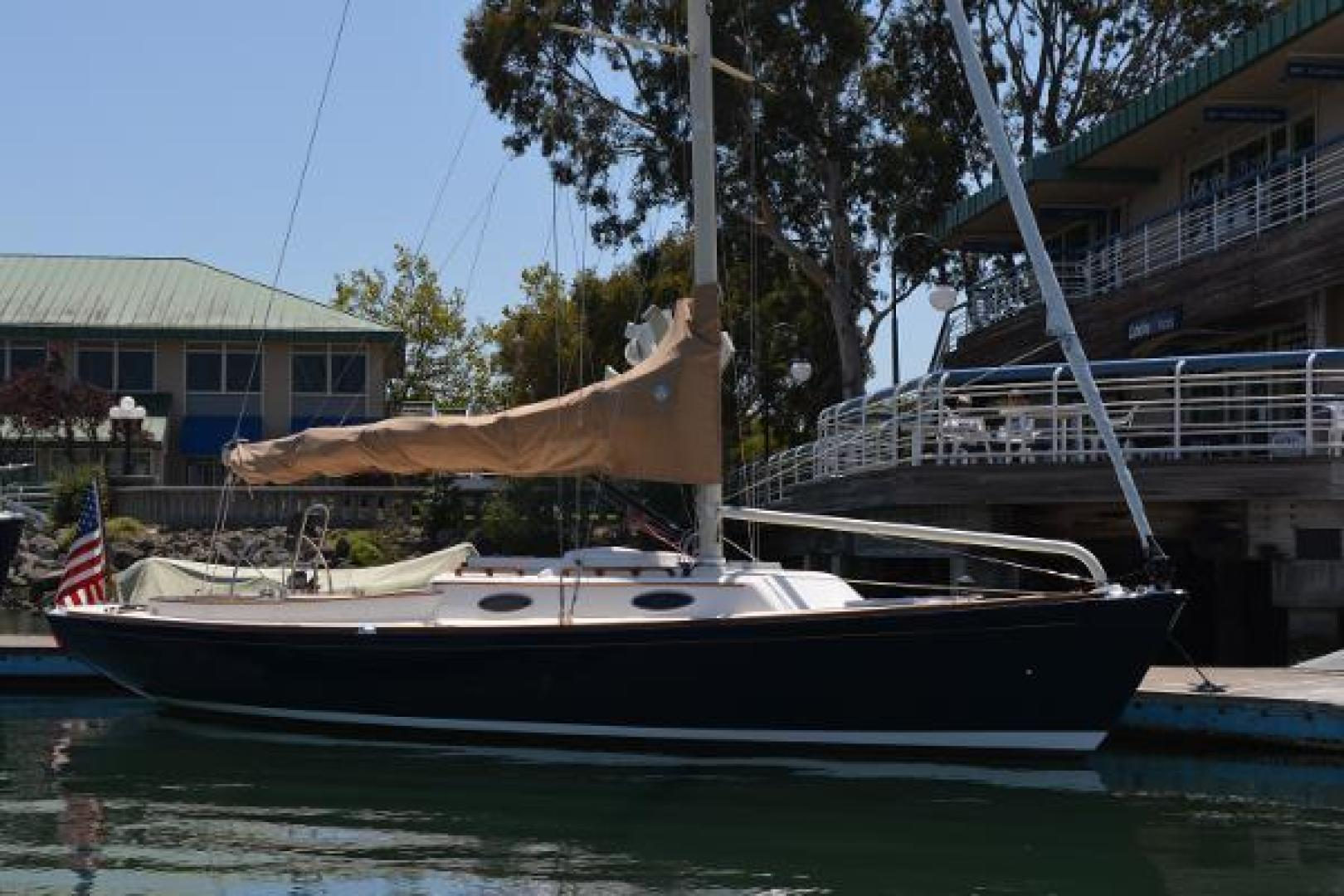 Picture Of: 33' Alerion Express 33 2009 Yacht For Sale | 2 of 28
