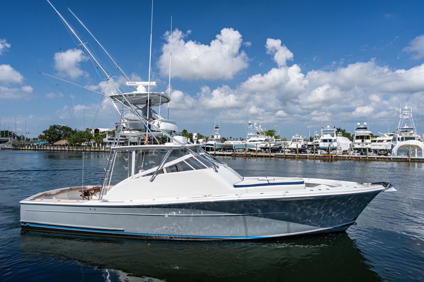 Picture Of: 43' Release Walkaround 2014 Yacht For Sale   1 of 29