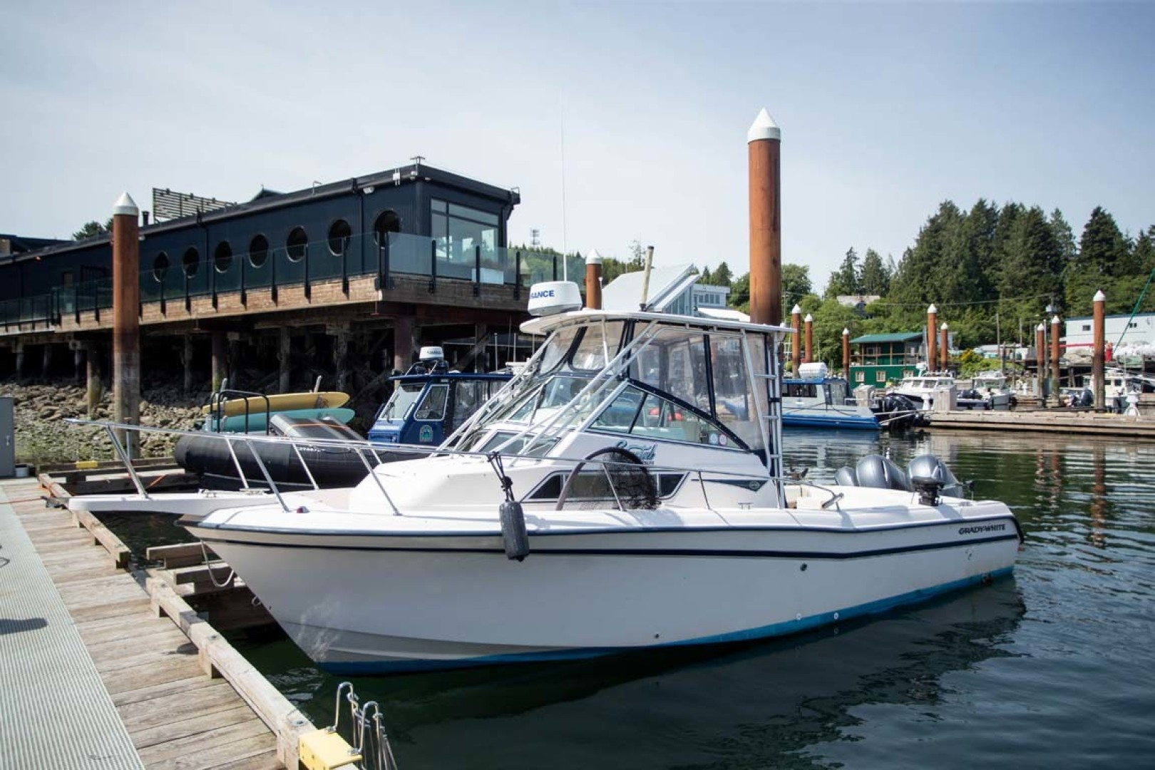 is a Grady-White 272 Sailfish WA Yacht For Sale in Vancouver, BC-Main Profile-0