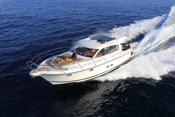 Picture Of: 44' Nimbus 405 COUPÉ 2017 Yacht For Sale   4 of 23