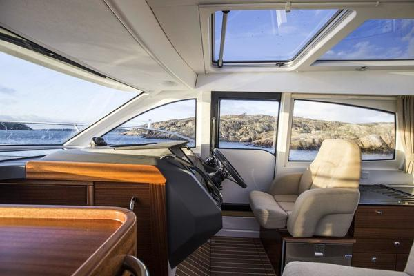 Picture Of: 32' Nimbus 305 2016 Yacht For Sale   4 of 15
