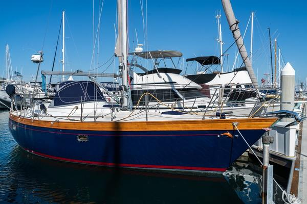 Picture Of: 33' Nantucket 33 Mid-Cockpit 1984 Yacht For Sale | 1 of 52