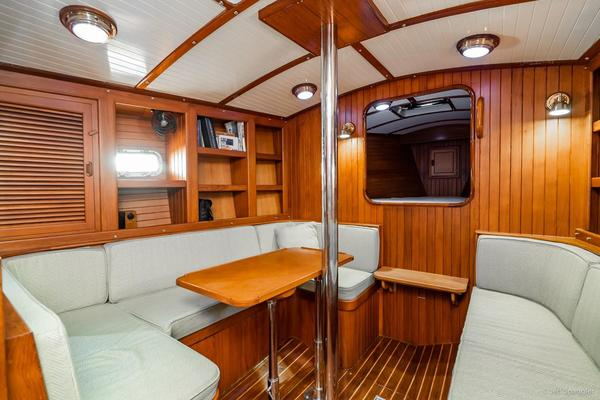 Picture Of: 33' Nantucket 33 Mid-Cockpit 1984 Yacht For Sale | 4 of 52