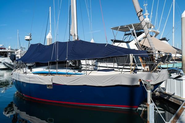 Picture Of: 33' Nantucket 33 Mid-Cockpit 1984 Yacht For Sale | 2 of 52