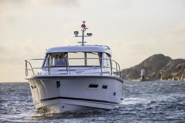 Picture Of: 32' Nimbus 305 2020 Yacht For Sale | 3 of 16