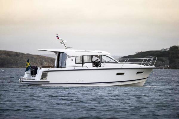 Picture Of: 32' Nimbus 305 2020 Yacht For Sale | 2 of 16
