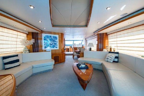 Picture Of: 82' Sunseeker 82 Manhattan 2004 Yacht For Sale   4 of 87