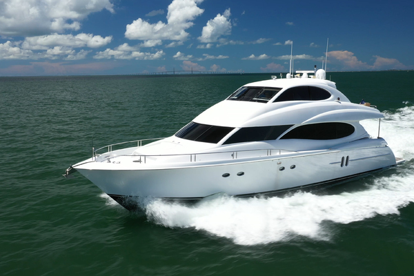 Picture Of: 80' Lazzara 80 Skylounge 2006 Yacht For Sale   2 of 54