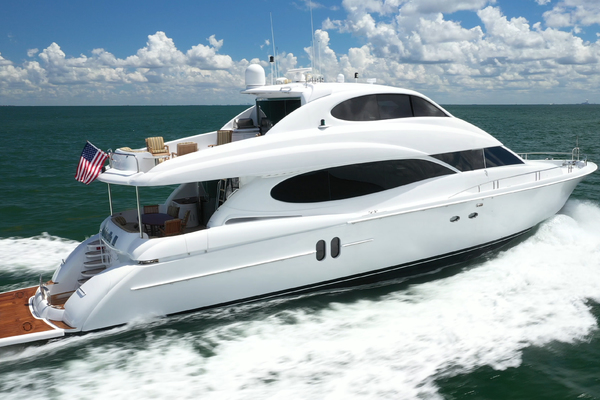 Picture Of: 80' Lazzara 80 Skylounge 2006 Yacht For Sale   4 of 54