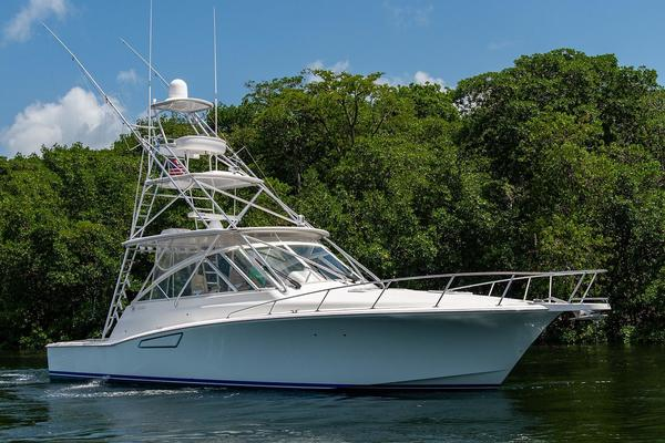 Picture Of: 47' Cabo 44 Hardtop Express 2014 Yacht For Sale   3 of 44