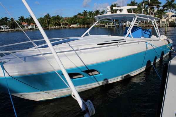 Picture Of: 40' Intrepid 400 Cuddy 2014 Yacht For Sale | 3 of 36