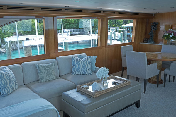 Picture Of: 75' Hatteras Sport Deck 2004 Yacht For Sale | 3 of 15