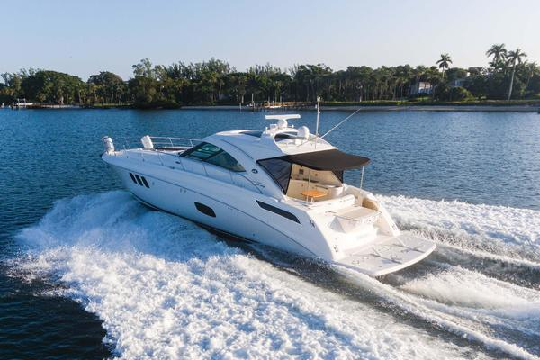 Picture Of: 54' Sea Ray 540 Sundancer 2012 Yacht For Sale   4 of 115