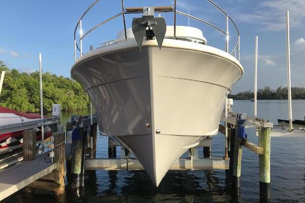 Picture Of: 34' Beneteau Swift Trawler 34 S 2016 Yacht For Sale | 2 of 46