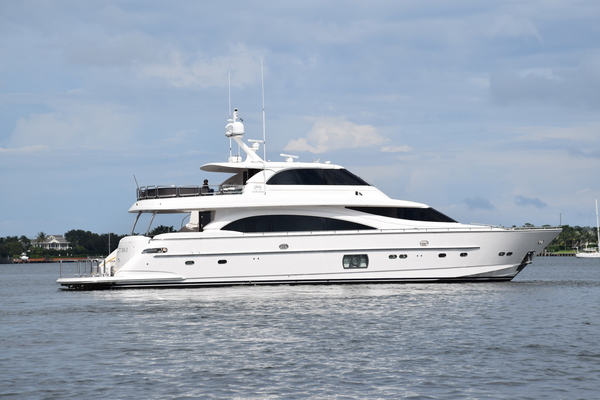 Picture Of: 94' Horizon E88 2015 Yacht For Sale | 3 of 103