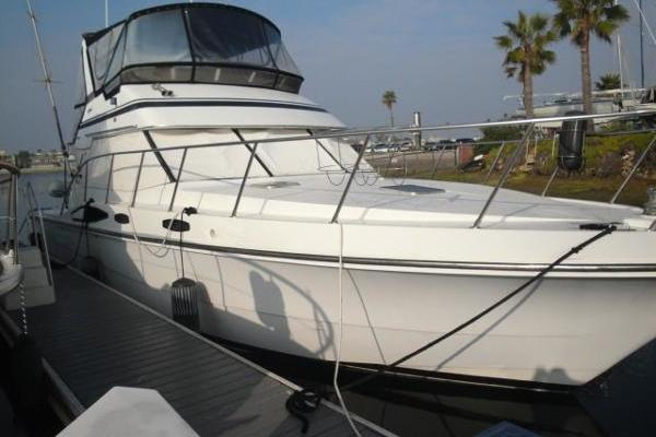 Picture Of: 44' Vantare Convertible Sportfishermannn 1988 Yacht For Sale   2 of 32