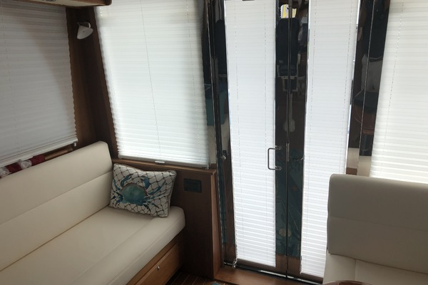 Picture Of: 42' Sabre Salon Express 2013 Yacht For Sale   4 of 19