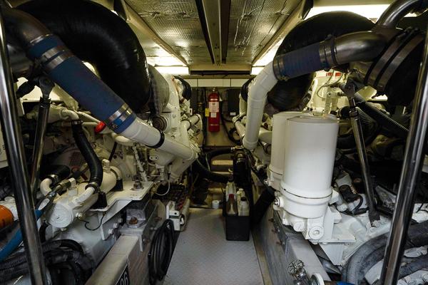 2006Sea Ray 58 ft Sedan Bridge   Livin Large IV