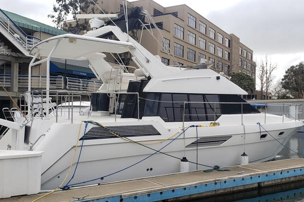 Picture Of: 47' Bayliner 4387 Motor Yacht 1991 Yacht For Sale | 4 of 6