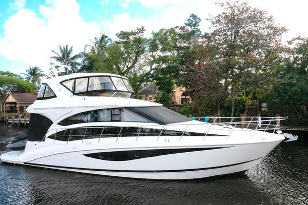 Picture Of: 54' Meridian 541 Sedan 2013 Yacht For Sale | 1 of 61