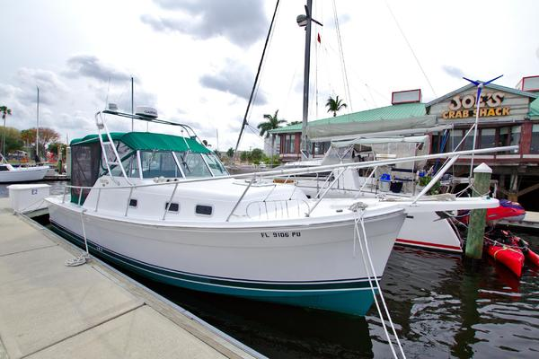 30-ft-Mainship-2000-30 Pilot Soft Top-It's 5 OClock Here Fort Myers Florida United States  yacht for sale