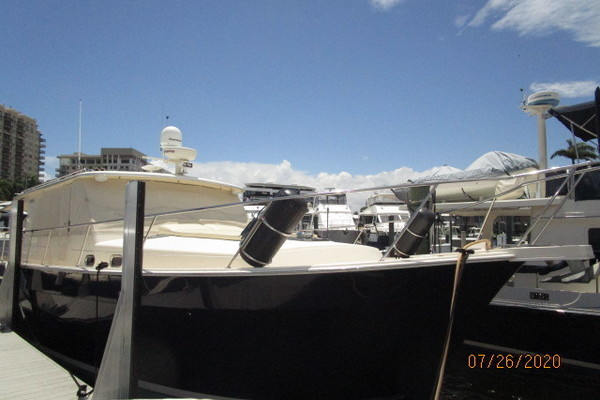 "45-ft-Mainship-2008-""45"" Pilot-Purrfection Fort Lauderdale Florida United States  yacht for sale"