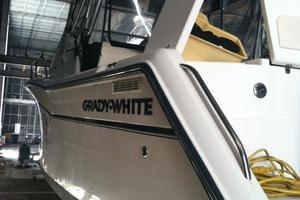 Run Off is a Grady-White Express 330 Yacht For Sale in Carrabelle--3