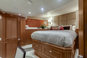 LIQUIDITY is a Platinum  Yacht For Sale in Jacksonville--29