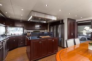 LIQUIDITY is a Platinum  Yacht For Sale in Jacksonville--18