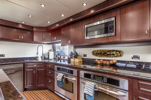 LIQUIDITY is a Platinum  Yacht For Sale in Jacksonville--16
