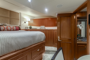 LIQUIDITY is a Platinum  Yacht For Sale in Jacksonville--30