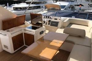 Freedom is a Azimut 60 Flybridge Yacht For Sale in Cancun--28