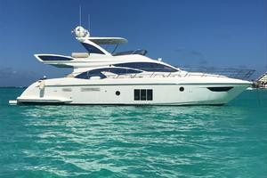 Freedom is a Azimut 60 Flybridge Yacht For Sale in Cancun--3