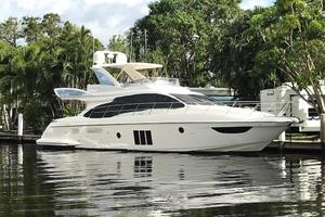 Freedom is a Azimut 60 Flybridge Yacht For Sale in Cancun--1