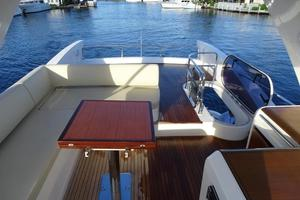 Freedom is a Azimut 60 Flybridge Yacht For Sale in Cancun--33