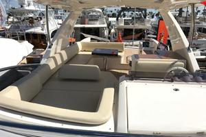 Freedom is a Azimut 60 Flybridge Yacht For Sale in Cancun--34