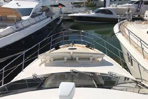 Freedom is a Azimut 60 Flybridge Yacht For Sale in Cancun--35