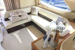 Freedom is a Azimut 60 Flybridge Yacht For Sale in Cancun--7