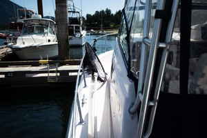 is a Grady-White 272 Sailfish WA Yacht For Sale in Vancouver, BC-Port Side Deck-7