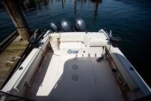 is a Grady-White 272 Sailfish WA Yacht For Sale in Vancouver, BC-Cockpit to Aft-10