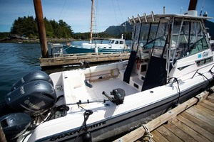 is a Grady-White 272 Sailfish WA Yacht For Sale in Vancouver, BC-Cockpit-9
