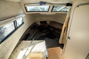 is a Grady-White 272 Sailfish WA Yacht For Sale in Vancouver, BC-Cabin-2