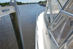Sweet Caroline is a Grady-White 33 Express Yacht For Sale in Beaufort--58
