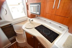 Sweet Caroline is a Grady-White 33 Express Yacht For Sale in Beaufort--41